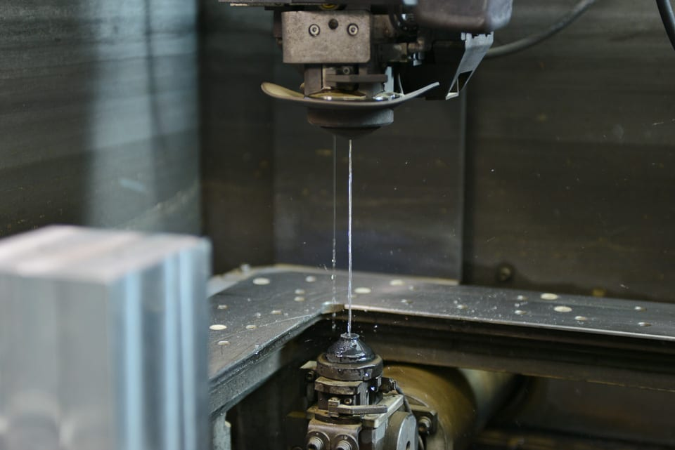 CNN Cutting Machine and Metal Component